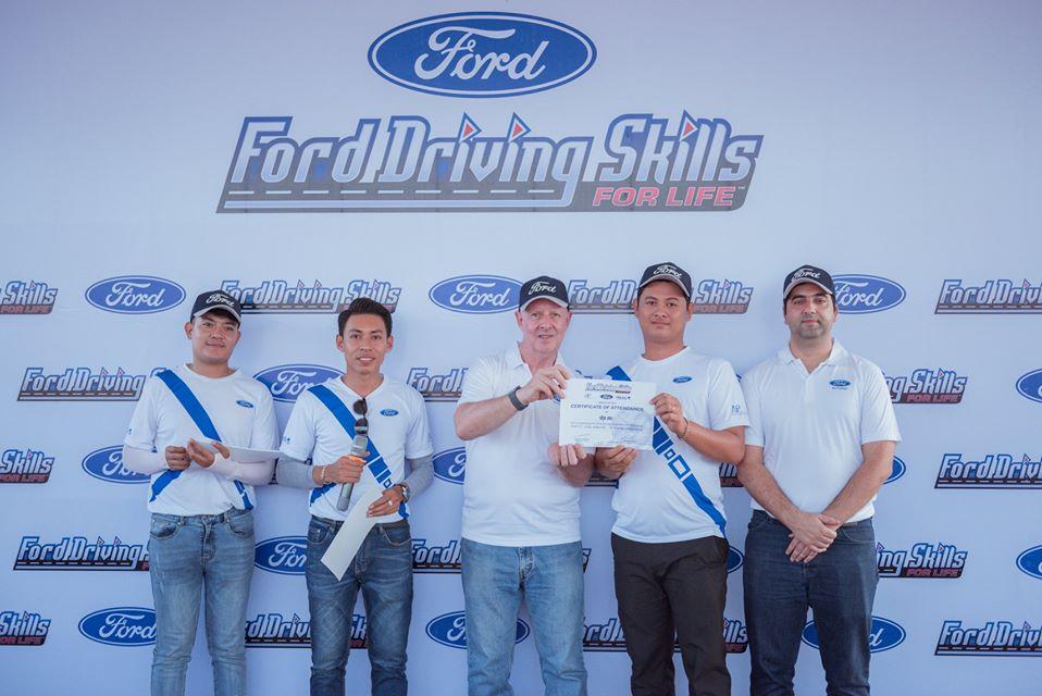 "Ford កម្ពុជា បើកវគ្គបណ្ដុះបណ្ដាល""សុវត្ថិភាព និងបច្ចេកទេសបើកបរ – Ford Driving Skills for Life"